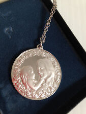 Franklin Mint 1975 Mother's Day Sterling Silver Necklace Commemorative Medal