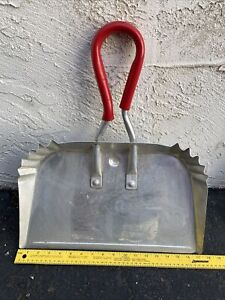 "Extra Large Metal Dust Pan Dustpan With Red Rubber Handle Grip 17"" Edwards?"