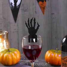 HALLOWEEN GLASS DECORATIONS x10-Spooky Clawed Hand-Party Accessories/Place Cards