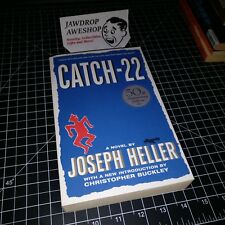 CATCH-22 PAPERBACK NOVEL BY JOSEPH HELLER BARELY USED GREAT CONDITION CLASSIC