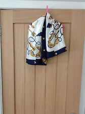 Women's White and Navy Key Pattern scarf