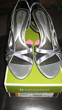SILVER NEW DIME LEATHER  OPEN-TOED NATURALIZER SHOES 9 N