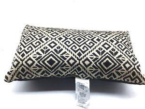 Geometric rectangular lumbar pillow