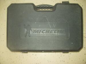 Michelin Emergency Roadside Kit