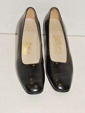 Ferragamo Black Leather Pumps / Shoes w Gray Trim Heels 7 1/2 AA
