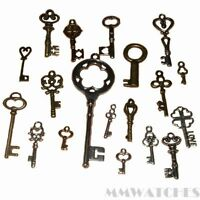 19 MIXED STEAMPUNK SILVER BRONZE GOLD ALICE KEY CHARM PENDANTS SIZE VARIOUS TS43
