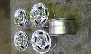 yo2002 Dodge Ram 2500 16in OEM wheel rims