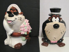 TAZ Wedded Bliss 3D Salt & Pepper Shakers Looney Tunes 1995 (wedding/marriage)