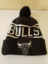 NBA Chicago Bulls Black KNIT CUFFED Cap Mitchell & Ness Beanie with Pom