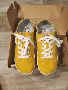 Mukishoes Sol (Yellow minimalist/ barefoot) shoes. New in Box. Size 42 EU.