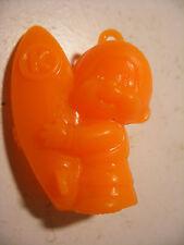 PVC figurine KIKI cadeau surprise lessive BONUX Monchichi SURFEUR Orange Fluo