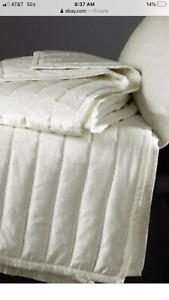Donna Karan Home Lush Velvet Collection White/  Queen Quilt NEW 500$