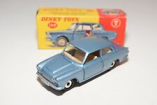 ** DINKY TOYS 139 FORD CONSUL CORTINA METALLIC BLUE EXCELLENT BOXED