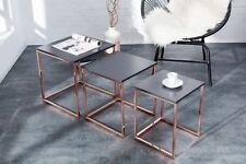 Tables d'appoint noirs en chrome pour la maison