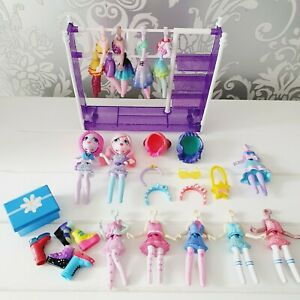 OFF THE HOOK - Bundle of Dolls, Clothing & Accessories - Spin Master