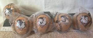 Chevron San Francisco Giants Legends Collectors Series Baseball Set With Display