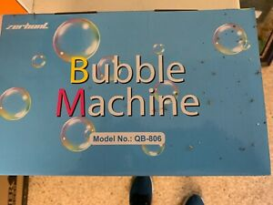 BUBBLE MAVHINE QB 808 Brand New Great for Parties