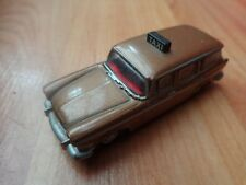 OXFORD DIECAST 1/76 OO SCALE - HUMBER SUPER SNIPE ESTATE BROWN TAXI CAR