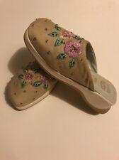 LELLI KELLY Designer Beaded Flower Shoes Beige Kids Size 3 US