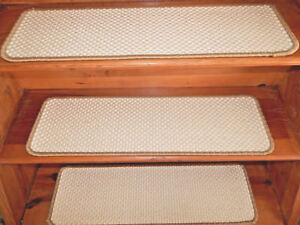 13 Step 9'' x 30'' + Landing 30'' x 30'' Sisal 100% Natural Latex  Non-Slip.