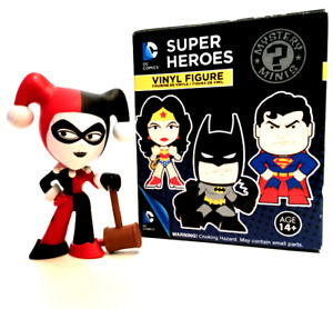 Funko Harley Quinn Authentic Mystery Mini DC Comics Super Heroes Collectible Box