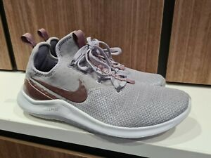Nike Free TR 8 Womens Training Sneaker - 9