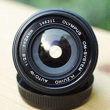 OLYMPUS OM-SYSTEM H.ZUIKO AUTO-W 1:2,8 f=24mm Weitwinkelobjektiv * Wide-angle