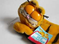 Vintage . 1981 Garfield Ice Scraper . With Small Garfield Statue!