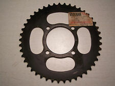 YAMAHA REAR SPROCKET (45-t)   DT100    NEW OLD STOCK
