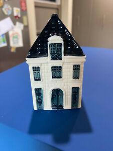KLM Bols Miniature Blue Delft House #64 Royal Distrilleries Holland 2013