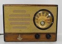 Working Vintage 1946 Emerson Tabletop Radio  Nice!