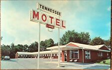 Caryville, TN Postcard: TENNESSEE MOTEL - Pub. in Knoxville, Tennessee
