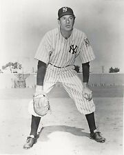 Gary Cooper as Lou Gehrig in The Pride of the Yankees - picture 8 x 10 photo