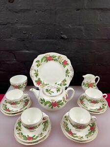 Wedgwood Starflower W4159 Tea Pot Cups Saucers Jug Sugar Cake Plate Tea Set