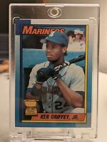 1990 topps Ken Griffey Jr. Rookie #336 Baseball Card Bloody Scar Error