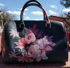 Guess Purse  AND Wallet Floral Pattern