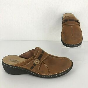 Clarks Artisan Women's Size 10M Brown Leather Slip On Closed Toe Mules