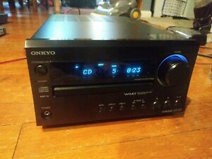 Onkyo CD AM/FM Stereo Receiver WRAT with Subwoofer output! Sounds Great!