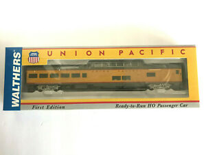 HO WALTHERS 932-9600-UNION PACIFIC CITIES SERIES ACF DOME-LOUNGE 9000-9014