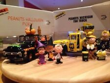PEANUTS Film DIE CAST FORD Haloween PICK-UP 1/24 Danbury Nuovo di zecca