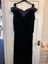 Attirê long Dark Purple Velvet And Satin Trim evening dress Black size 18 BNWT