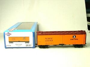 ATHEARN ROUNDHOUSE HO SCALE 40' STEEL REEFER ILLINOIS CENTRAL 2260