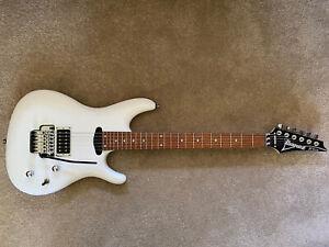 Ibanez JS140-WH Joe Satriani Signature - must sell - absolute bargain