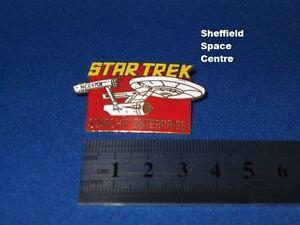 Star Trek Original Series Logo & USS Enterprise Red Pin Badge STPIN03