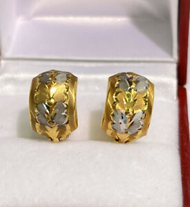 18k Solid Multi Tone Gold Diamond Cut Half Huggie Clip Earrings, 3.04 grams
