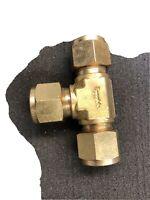 "1 - Swagelok Brass Union Tee Fitting, 1/2"" OD Tube, B-810-3"