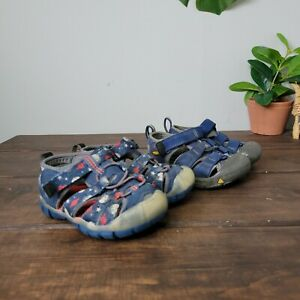Keen Blue Red Bundle of 2 Water Shoes Infant Toddler Size 5