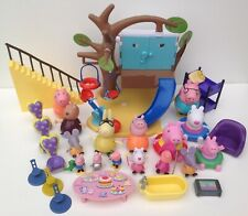 Peppa Pig Bundle Tree House with Figures Bath Toys and Accessories
