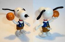 Figurine ancienne PVC Snoopy Fortsetzung type Schleich 6cm : basketeur Basketer