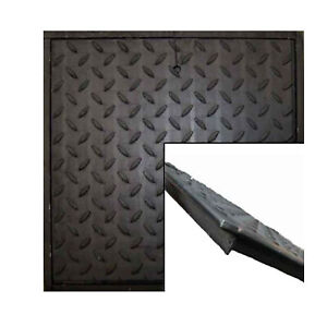 Stahl Schachtabdeckung schwarz, mit Rahmen, befahrbar 5 to. Bruchlast